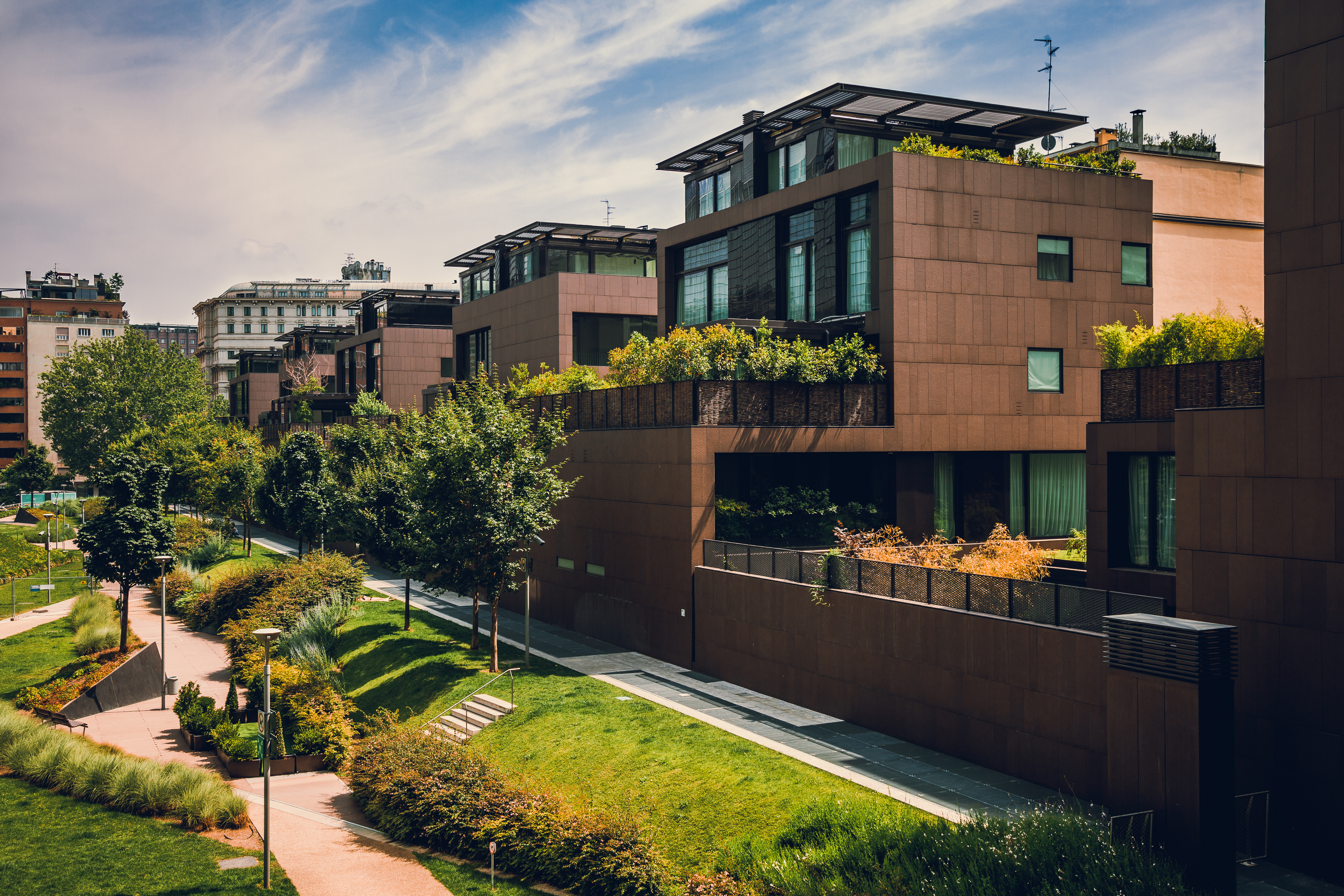 Дома в Италии, куда можно переехать, купив недвижимость в стране