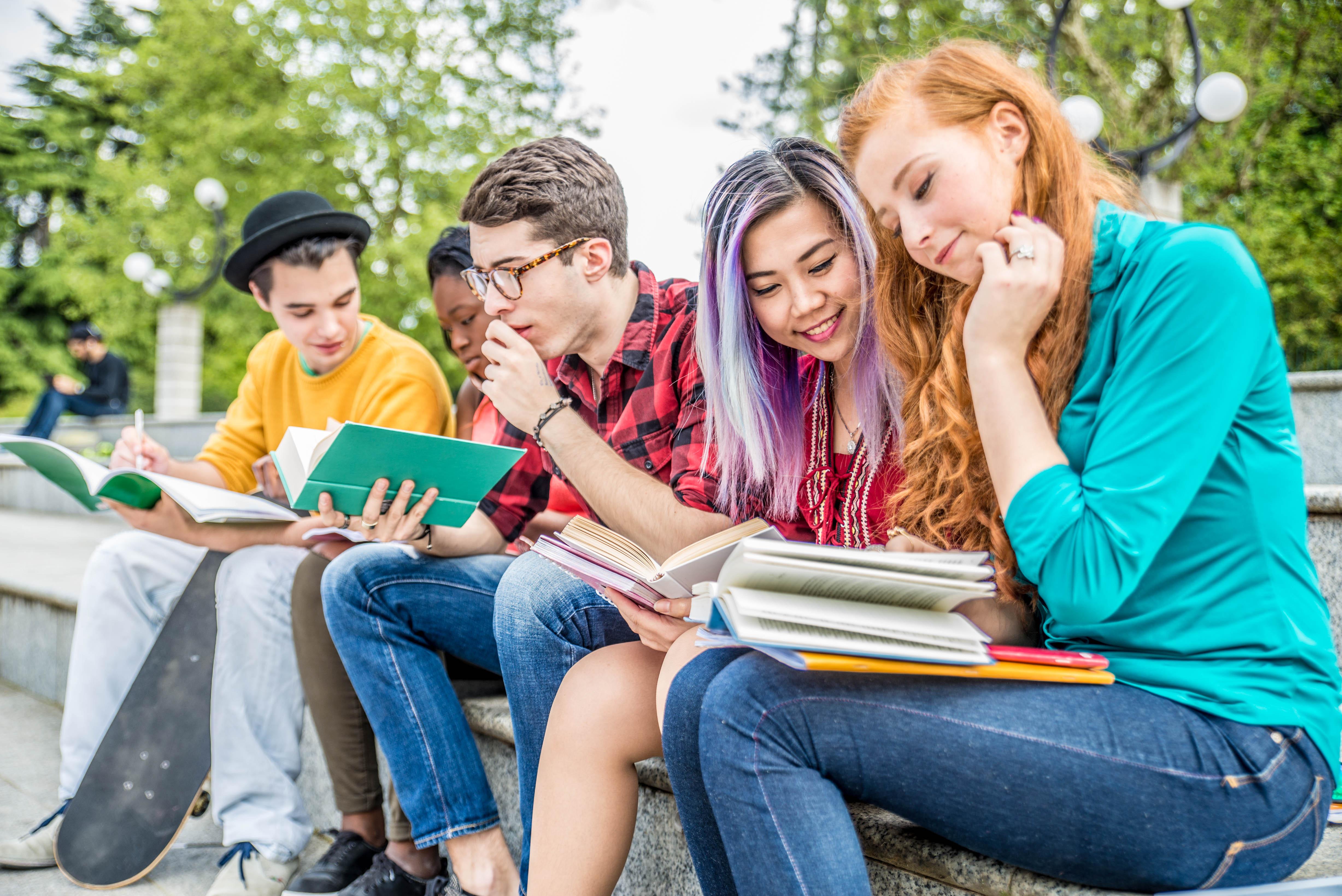 Студенты в Польше, ВНЖ которой можно получить по учебе